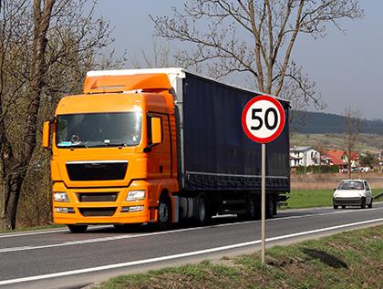 limite de velocidad para camiones - academia del transportista