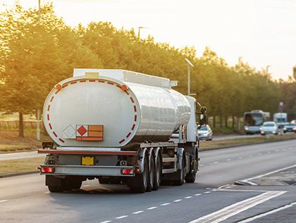 transporte de explosivos por carretera - academia del transportista